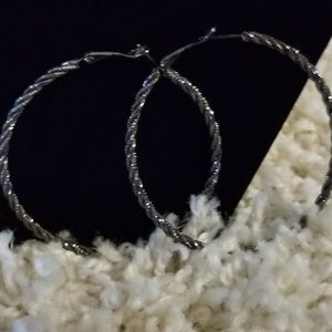 🌟2/$15 Gunmetal Fashion Hoop Earrings